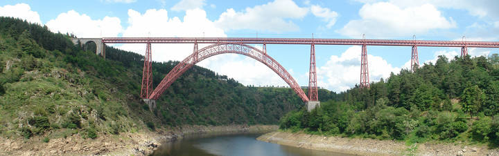 Garabit Viaduct - By Graeme Churchard - Own work, CC BY 2.0