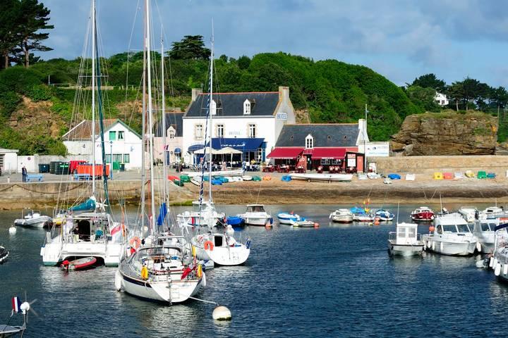 Groix harbour. Image credit: Brittany Tourism
